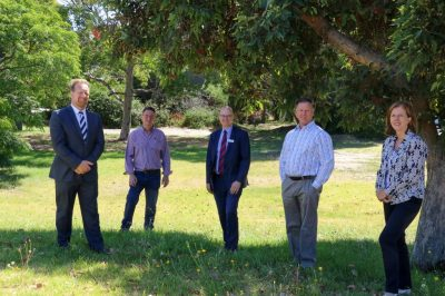 (L-R): Frankston MP Paul Edbrooke, Frankston International Motel owner and Committee for Greater Frankston member, Phil Jones, Council CEO Phil Cantillon, former Councillor Glenn Aitken and Councillor Sue Baker pictured at the site of the planned park.